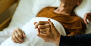 уход за хирургическими больными, частный хоспис, дом престарелых